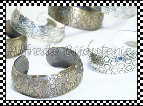 Mira todos los modelos de pulseras, collares, accesorios de moda y bijouterie por mayor ingresando a